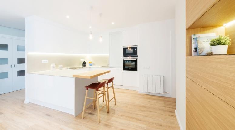 U-Shape Kitchen-2